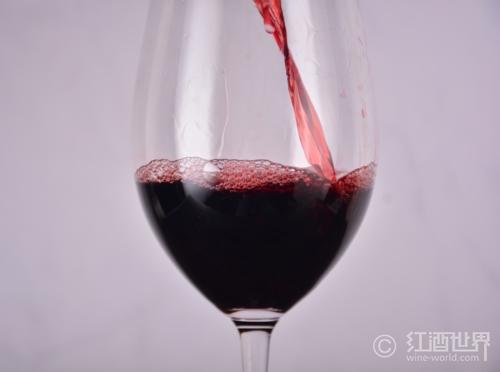 意大利的火山葡萄酒