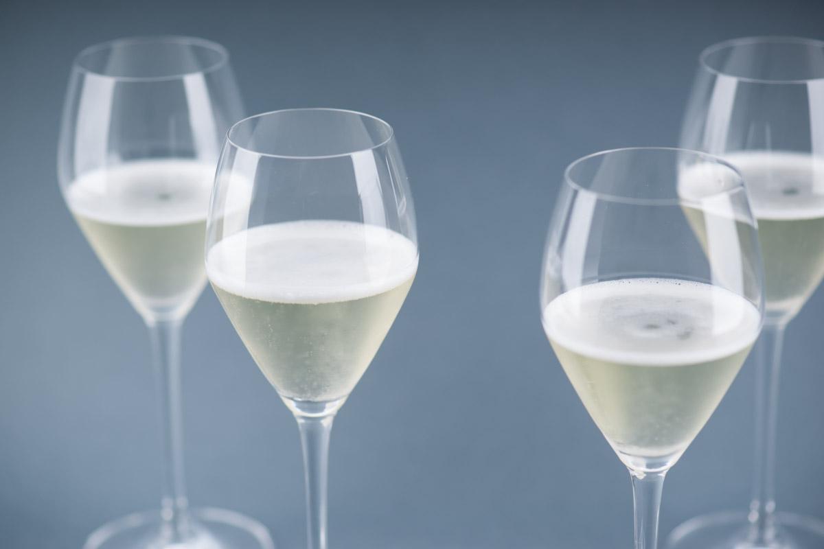 同为意大利起泡酒,普罗塞克和弗朗齐亚柯达有何不同?