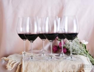 红葡萄酒有助于保护神经系统