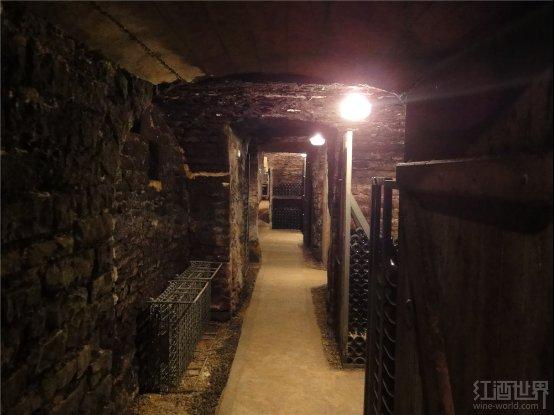 红酒世界勃艮第名庄探访之塞拉芬父子酒庄