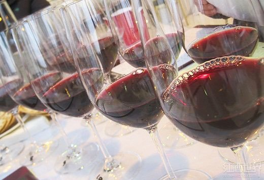 卢瓦尔河谷:美不胜收的古堡,美不胜醉的葡萄酒