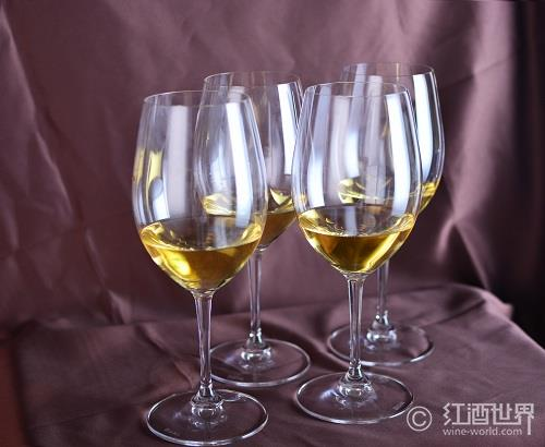 第三大流行白葡萄酒:莫斯卡托葡萄酒指南