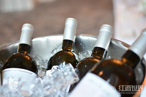 没有冰箱?看机智的古人如何冰镇葡萄酒