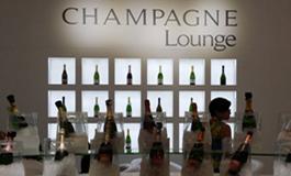 中国葡萄酒市场火热,香槟却遭冷落