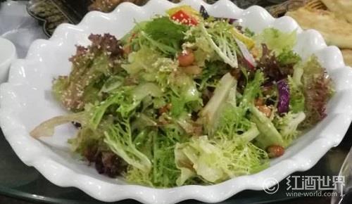 8步教你调制美味健康的沙拉