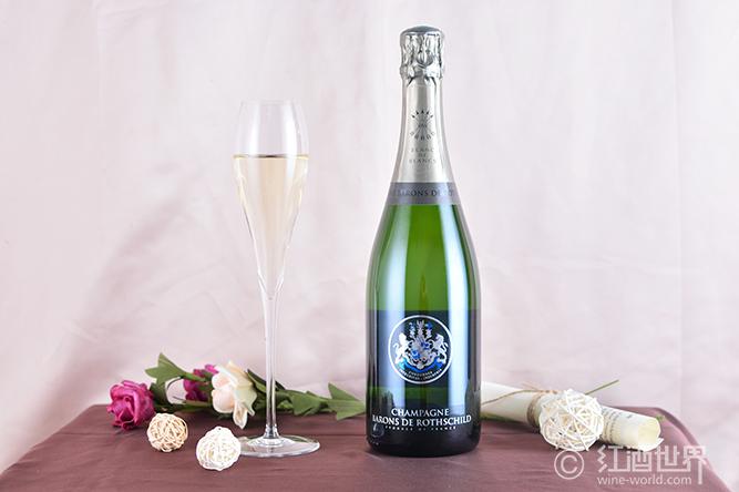 生蚝与干白葡萄酒的完美联姻