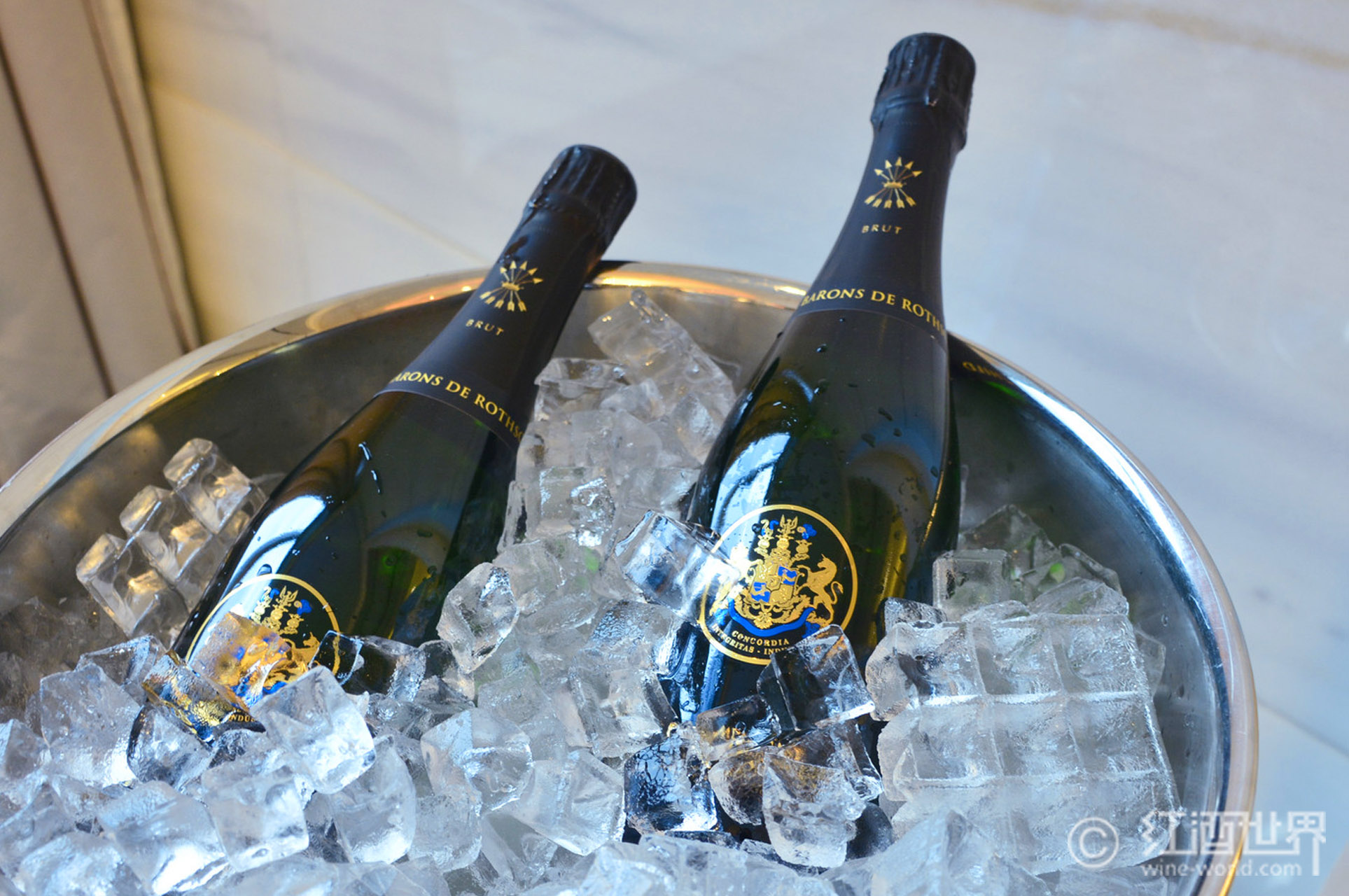 卡瓦VS香槟