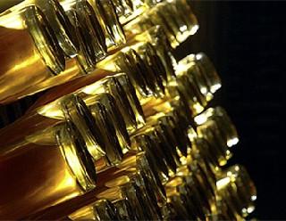 聊聊那些独具特色的酒瓶设计