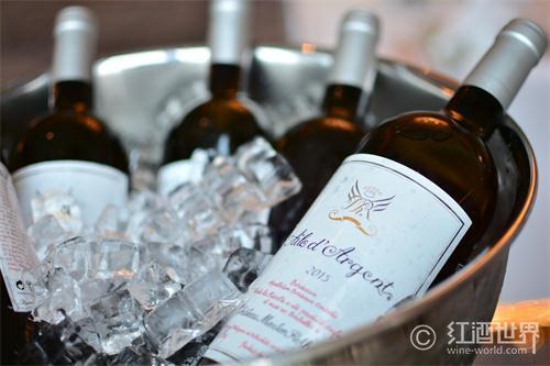 想讓葡萄酒更好喝,你冰了嗎?