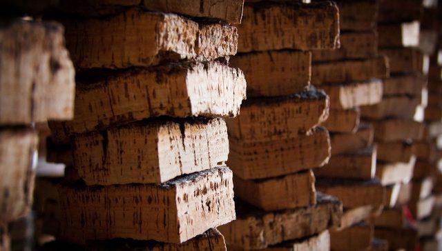 破解迷思:10瓶使用橡木塞的葡萄酒中就会有1瓶被污染?