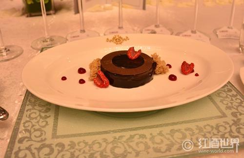 紅酒喝不完?做個巧克力蛋糕吧