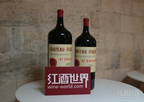 比葡萄酒更好的礼物是大瓶装葡萄酒