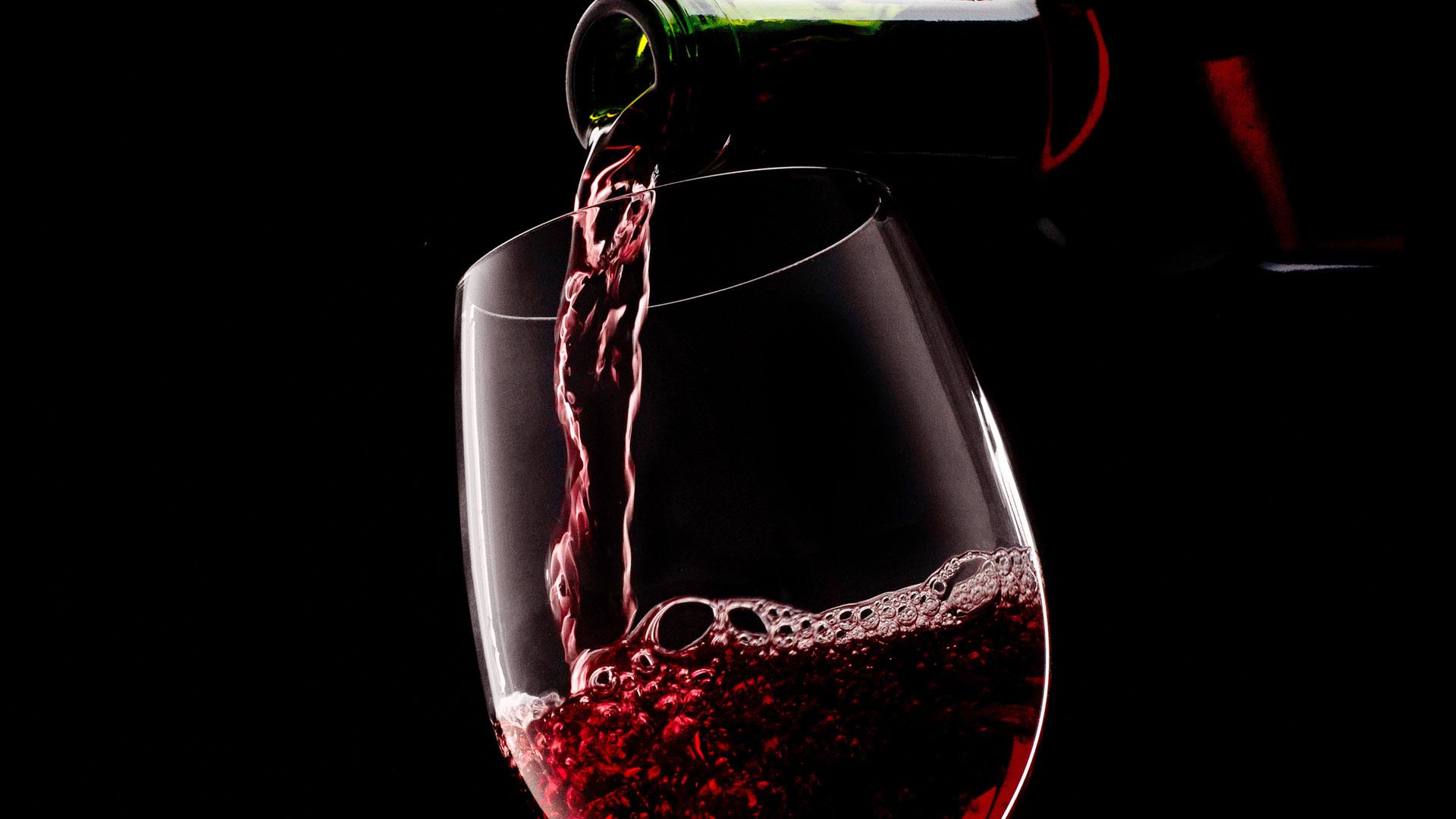 葡萄酒禮儀之斟酒