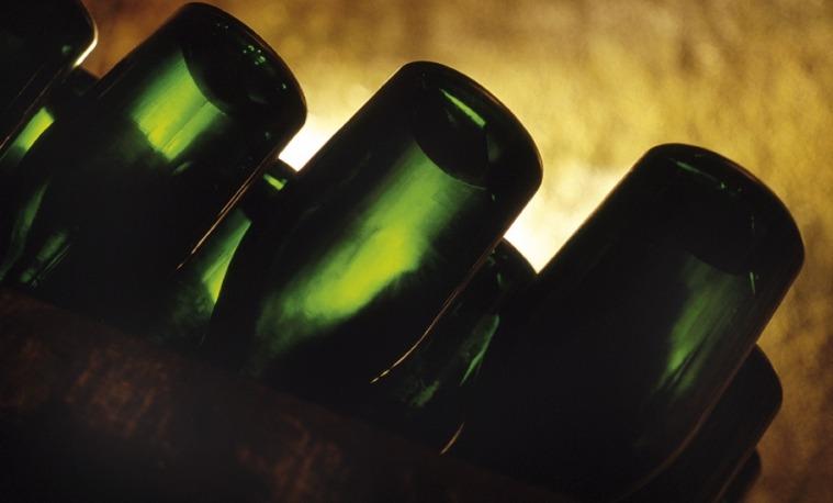 玛姆香槟发布2002年份的拉露特酿香槟