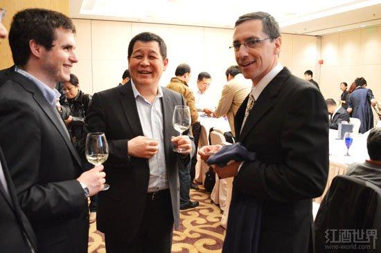 智利著名酿酒师Javier于北京发布高端黑皮诺葡萄酒