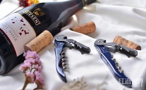 没有开瓶器!也能开红酒