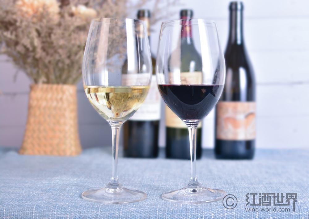 教你看葡萄酒的颜色