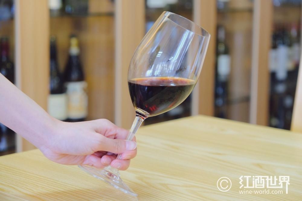 葡萄酒教育,中国葡萄酒产业发展的关键