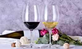 葡萄酒的风格分两种