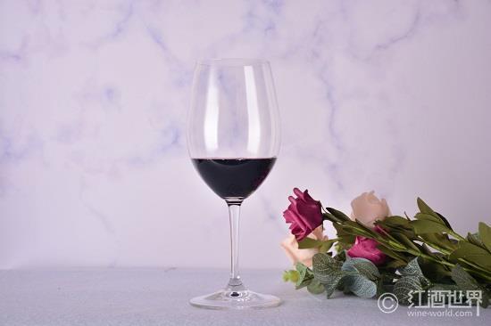 葡萄酒的好处辣么多,你不知道怪我咯?