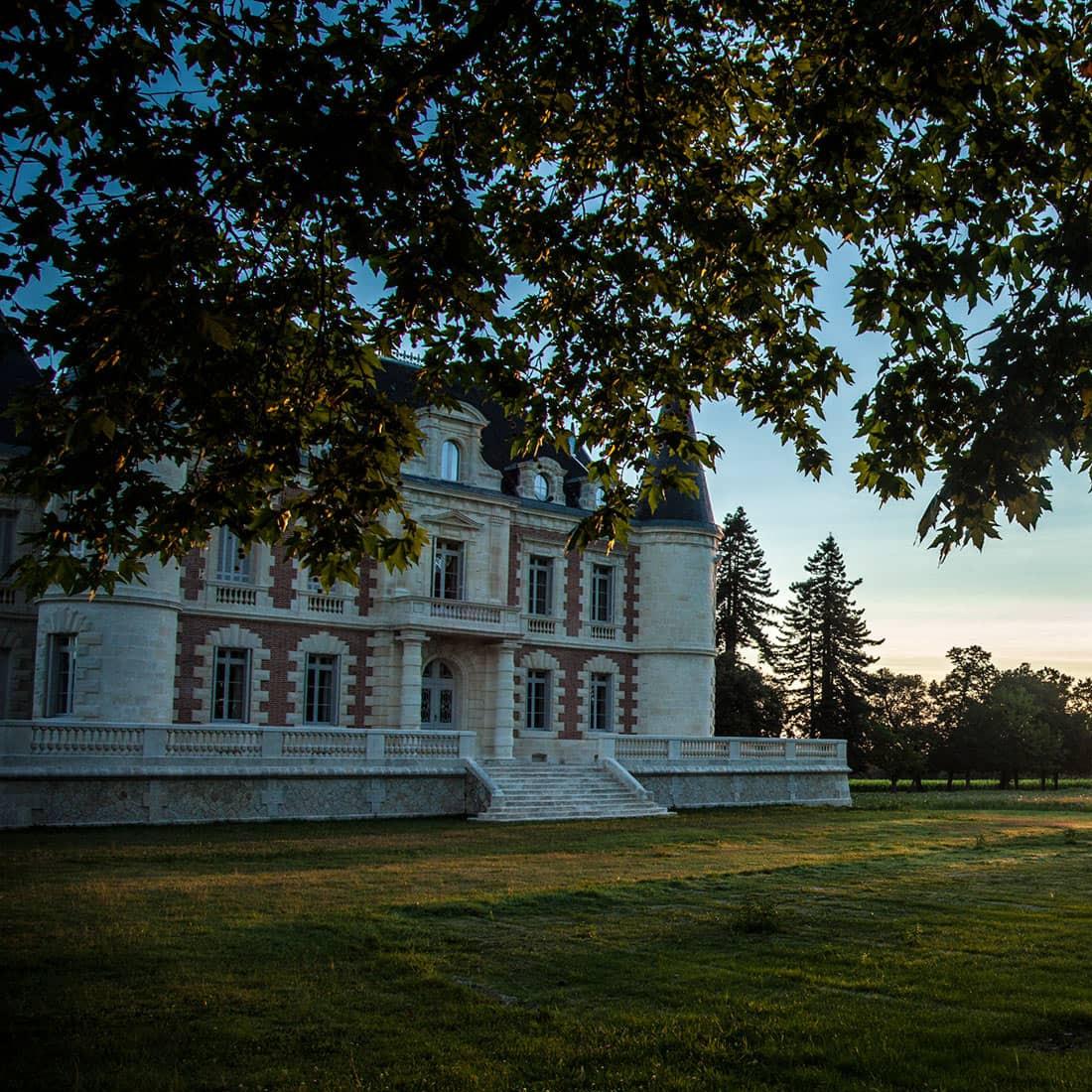 宝爵龙酒庄(Chateau Lamothe Bergeron)
