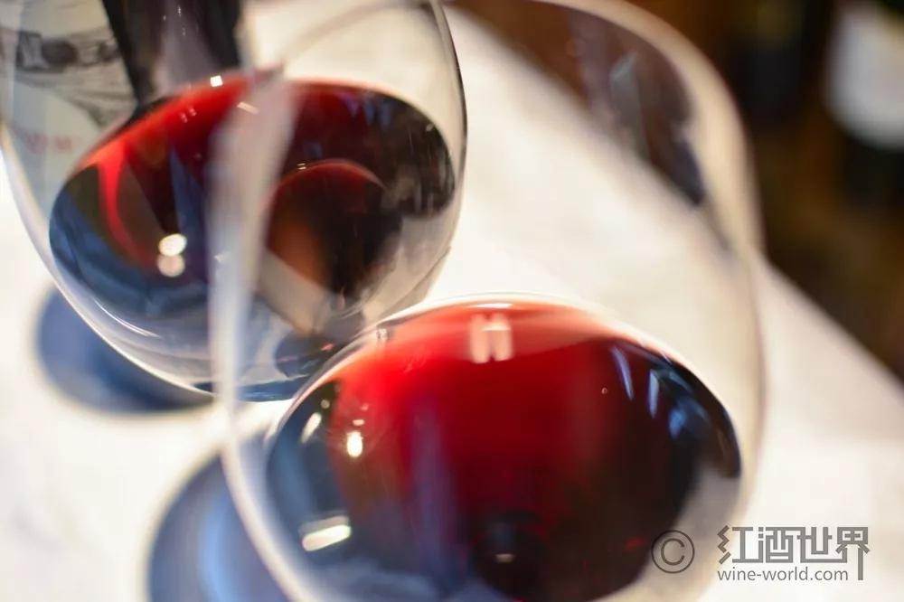 选购葡萄酒前,先掌握这十个实用术语