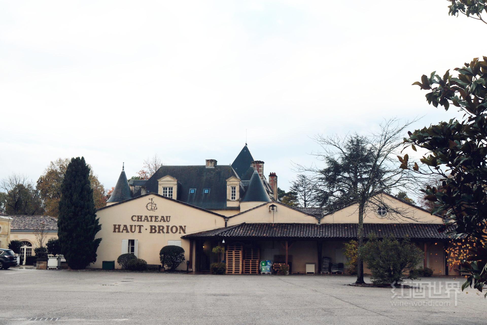 走进侯伯王酒庄的故乡:佩萨克-雷奥良产区