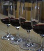 """""""变质""""葡萄酒的色、香、味"""