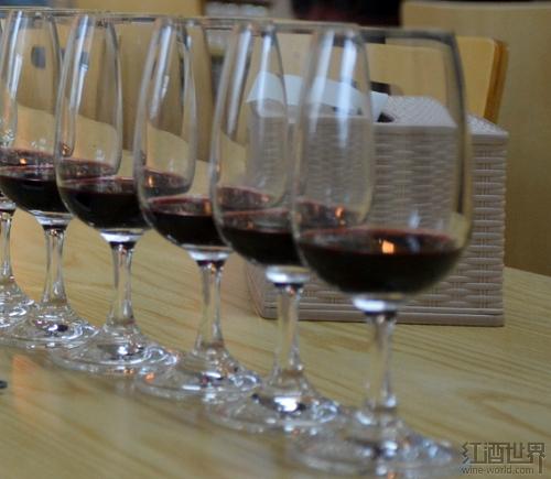 关于酒体轻盈的葡萄酒,你知道多少?
