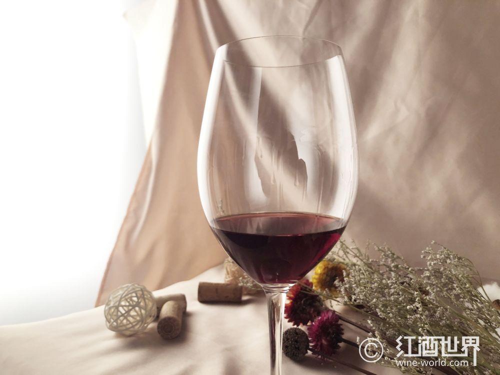 六种葡萄酒与巧克力的搭配准则