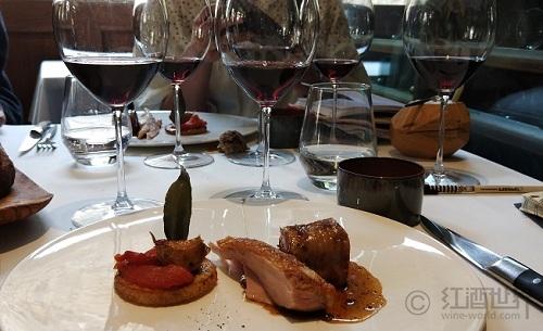 """葡萄酒与美食的""""生命组合"""""""