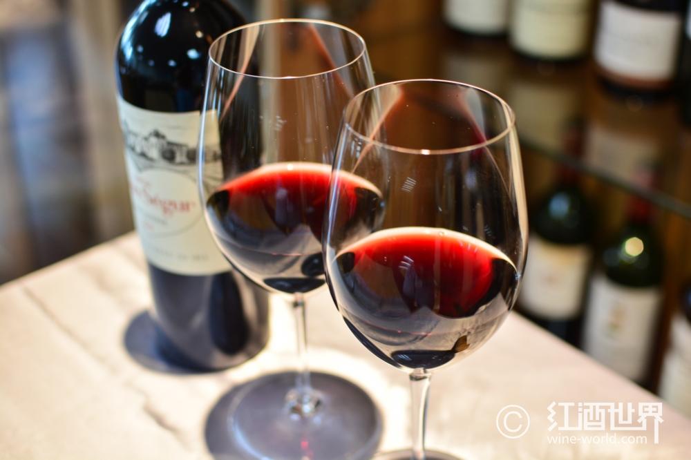 小议干红葡萄酒的风格