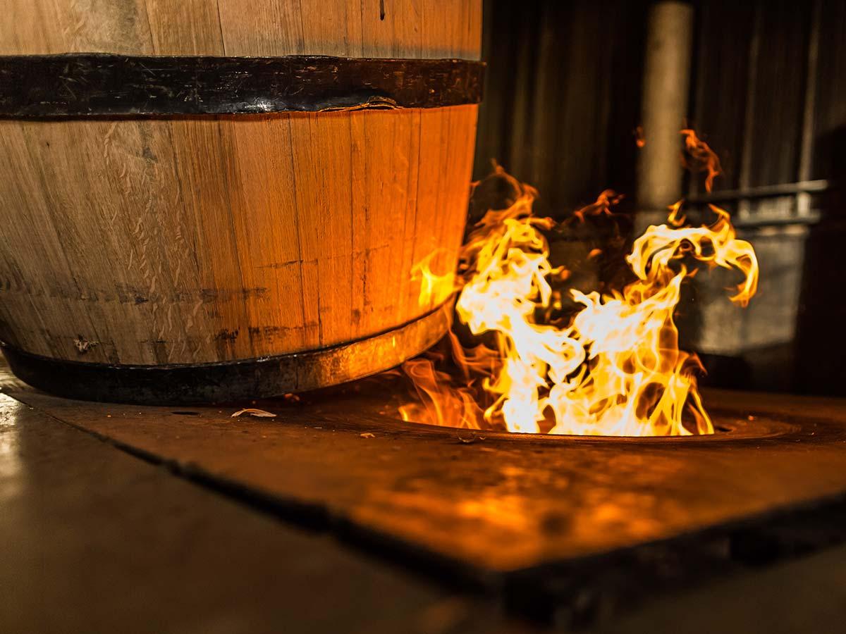 """橡木桶——葡萄酒的""""调味品"""""""
