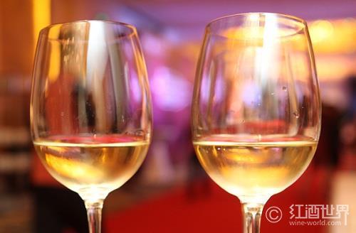 窥探甜白葡萄酒的秘密