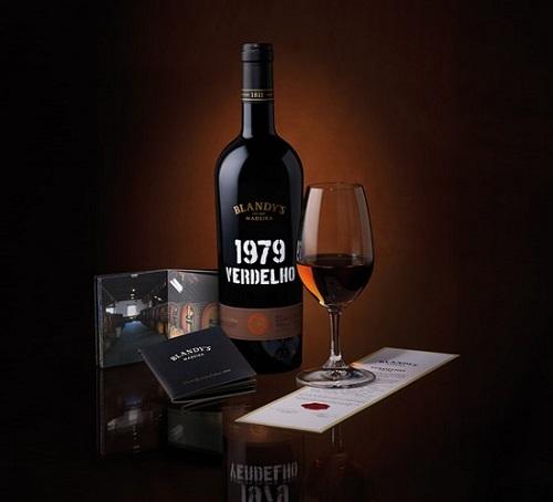 活在波特阴影区的葡萄牙加烈酒——马德拉(Madeira)