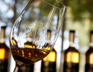 挂杯明显的葡萄酒品质更高?