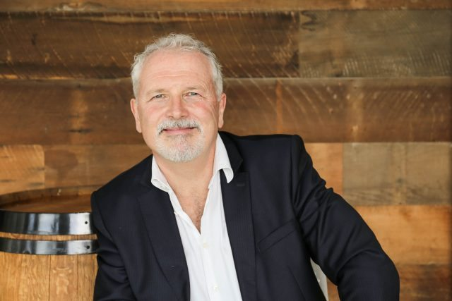 叶兰兹酒庄任命艾德里安·加福斯大师为新CEO