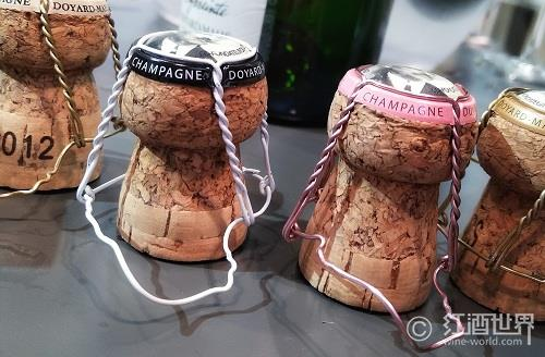 经常喝葡萄酒,这7件神器必不可少