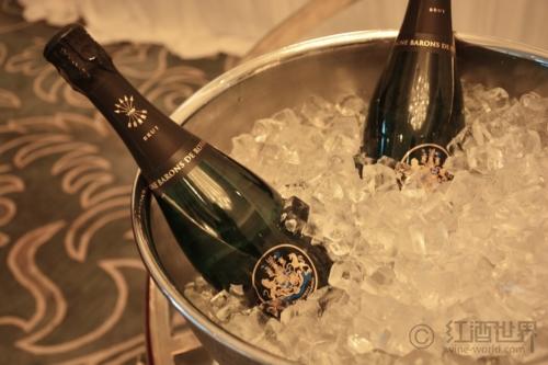 佳节庆典,你的香槟要怎么喝?