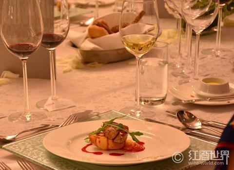 中西合璧:葡萄酒如何巧配亚洲菜