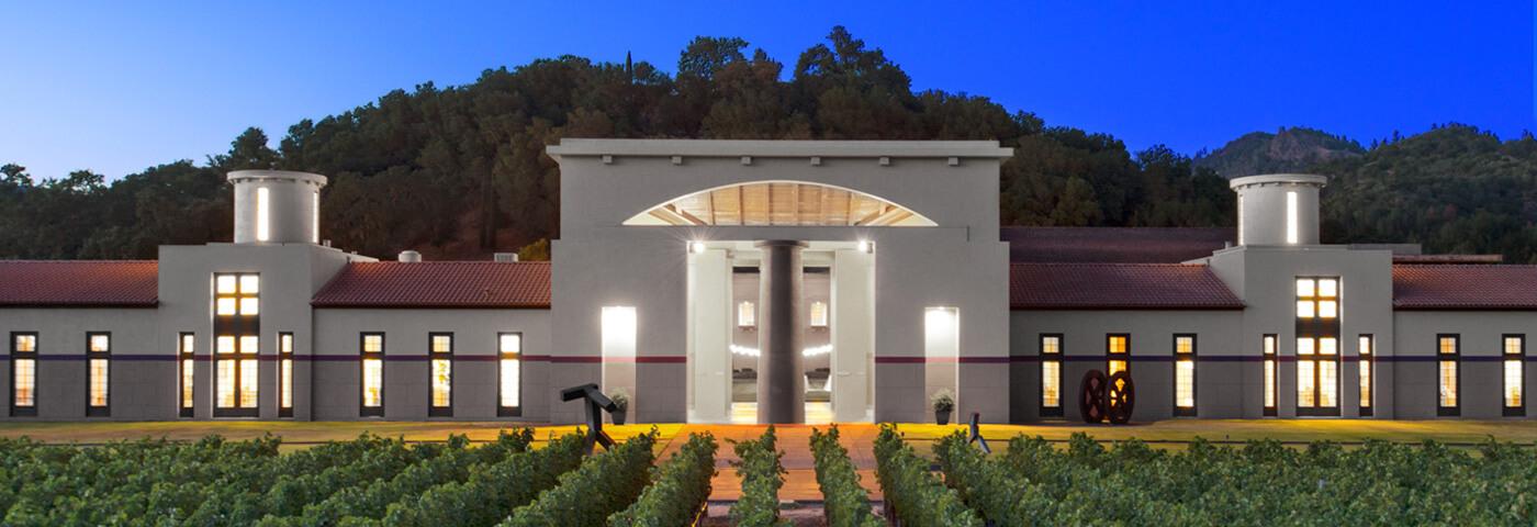 演绎后现代主义建筑的典范:佩伽斯酒庄