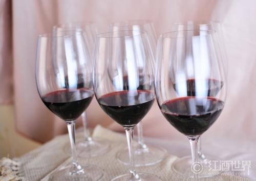 喜欢甜品,就用这些甜红葡萄酒搭配