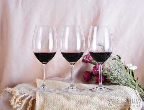 葡萄酒礼仪之晚宴着装