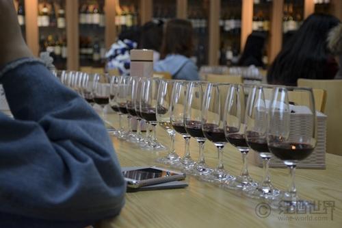 法德双国风情:清丽多样的阿尔萨斯葡萄酒