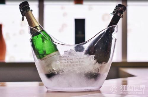 """香槟的""""黑中白""""和""""白中白""""到底是什么?"""