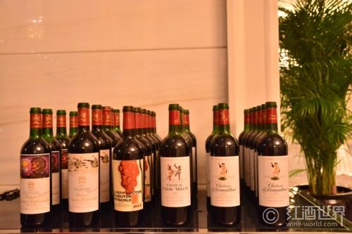 你的葡萄酒喝起来为何涩涩的?
