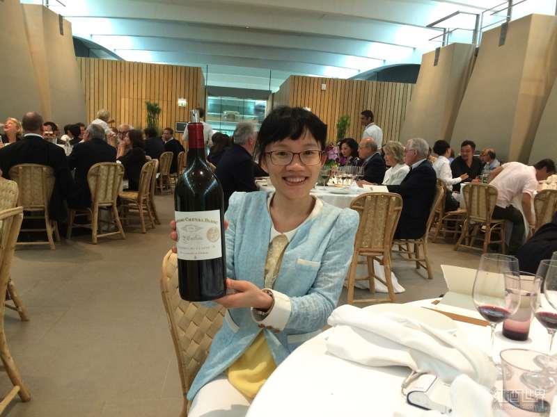 红酒世界网高级品酒师马淑柳荣获WSET三级大中华区奖学金