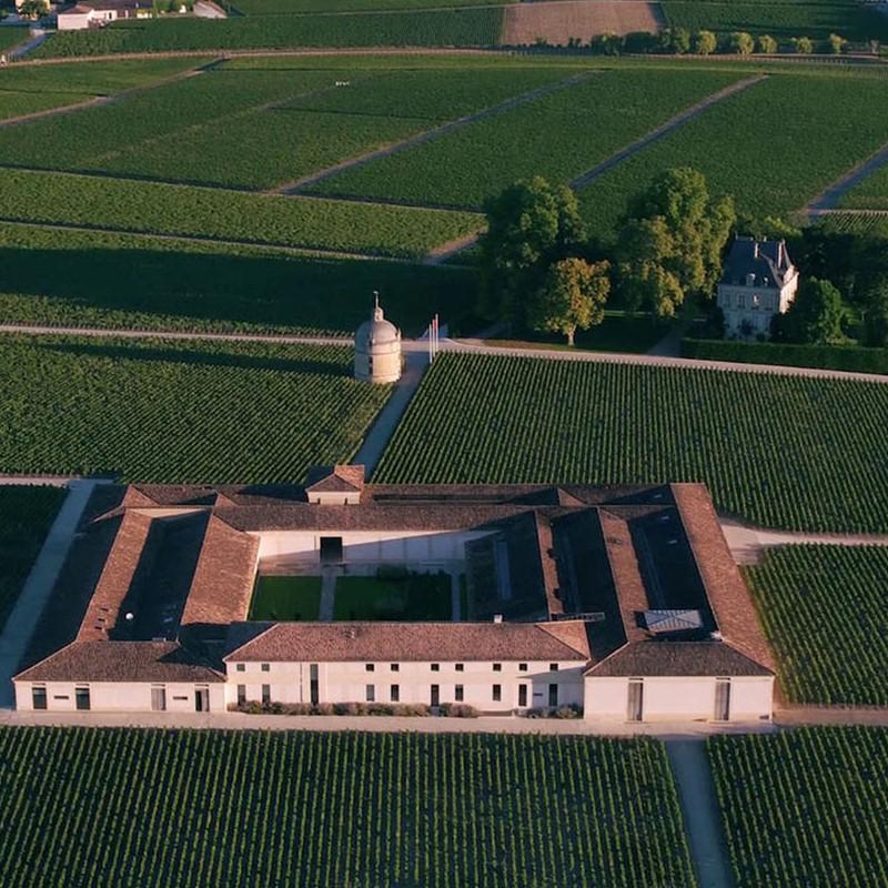 拉图酒庄(又名:拉图城堡)Chateau Latour