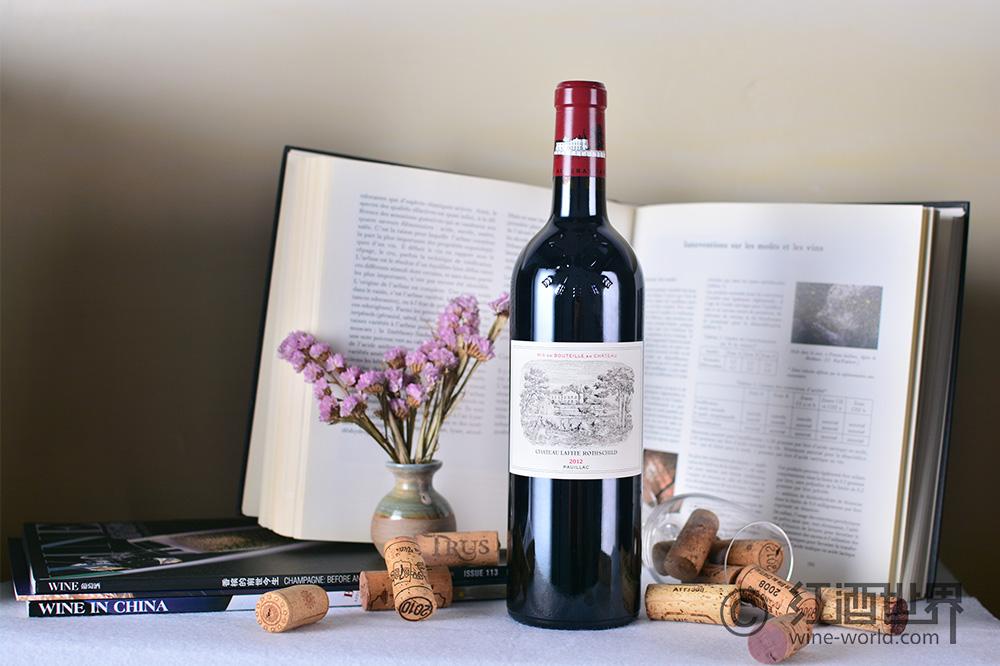 """""""好喝""""VS""""能喝"""",详解葡萄酒的保质期与适饮期"""