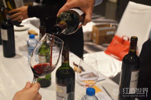你知道如何品鉴葡萄酒吗?